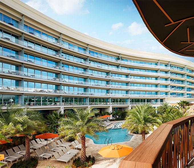 نمای هتل اُاِیسیس در سمینول هارد راک فلوریدا